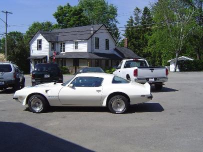 Photo of 1975 Pontiac Trans AM 4 speed